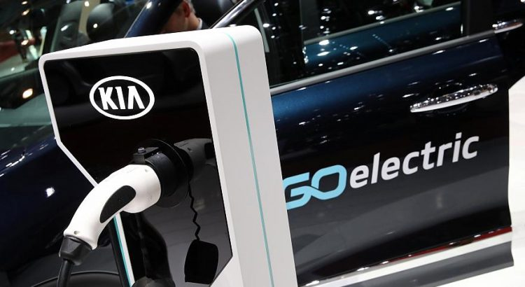 Battery Ed Electric Cars Go Mainstream Geneva International Motor Show Lower And Car Prices Fuel S
